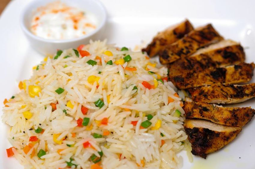 Grilled chicken with vegetable rice