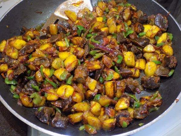 Gizdodo (gizzard and ripe plantain
