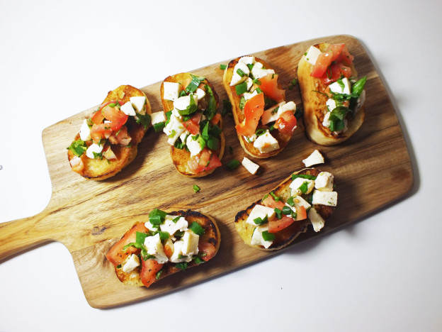 Tomato and Mozzarella Bruschetta